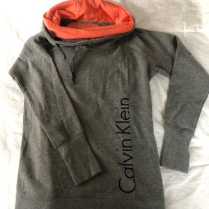 Calvin Klein - performance sweatshirt